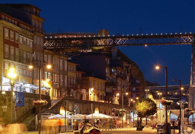 Restaurant Prix A Porto Au Portugal
